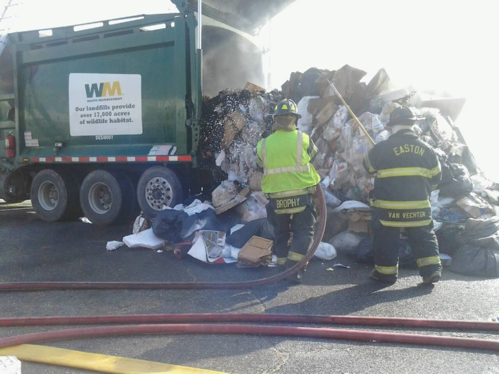 2 Very Different Trash Fires